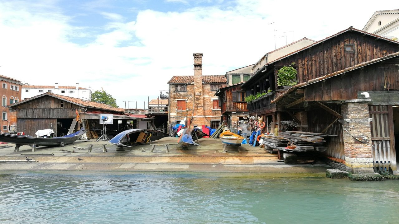 Venice in 1 day: lo squero di San Trovaso - Andavenice Hostel